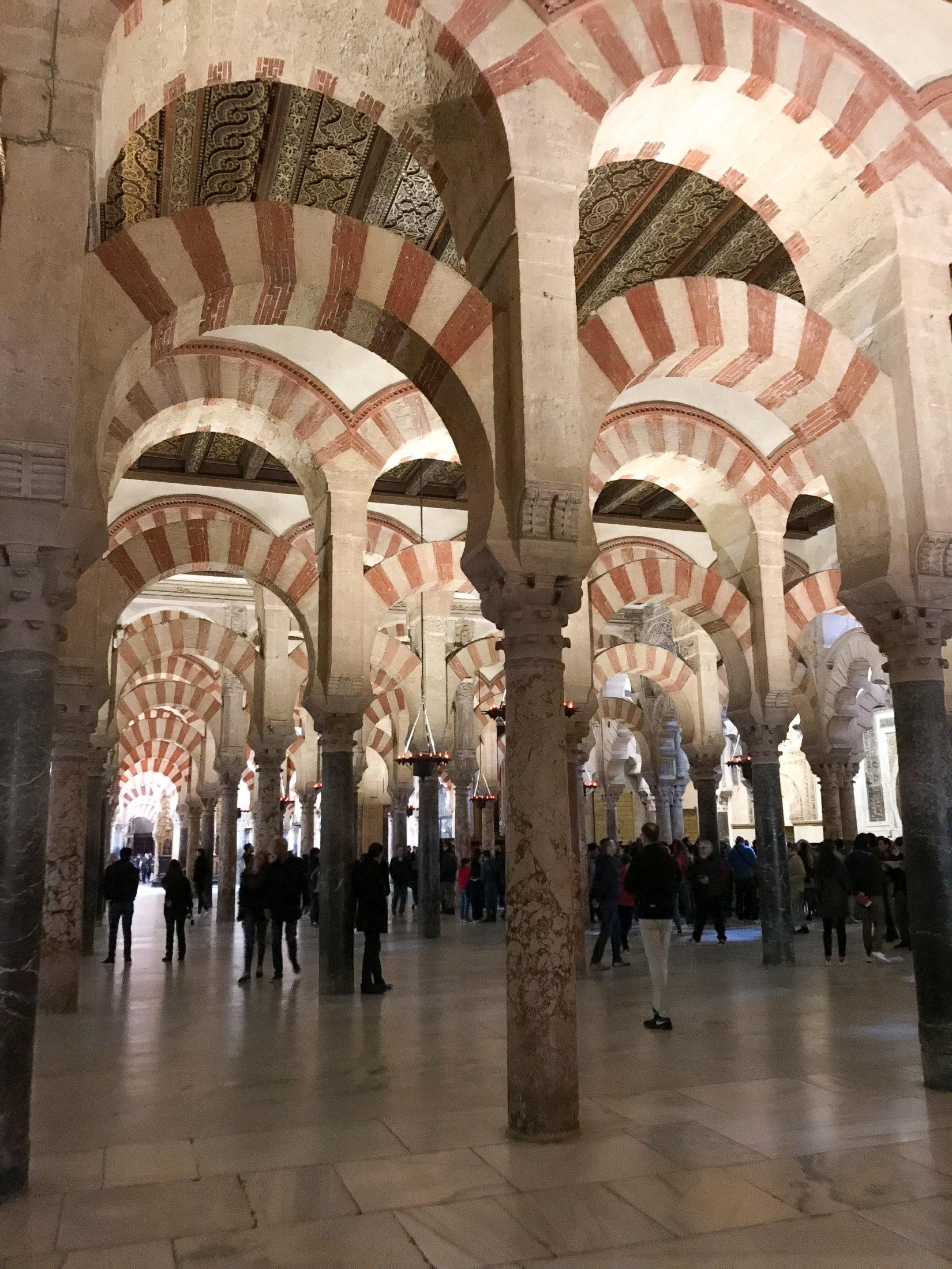 dettaglio_dell_interno_della_mezquita_di_cordoba
