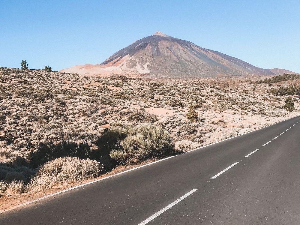 la vetta di Spagna è il vulcano Teide a Tenerife