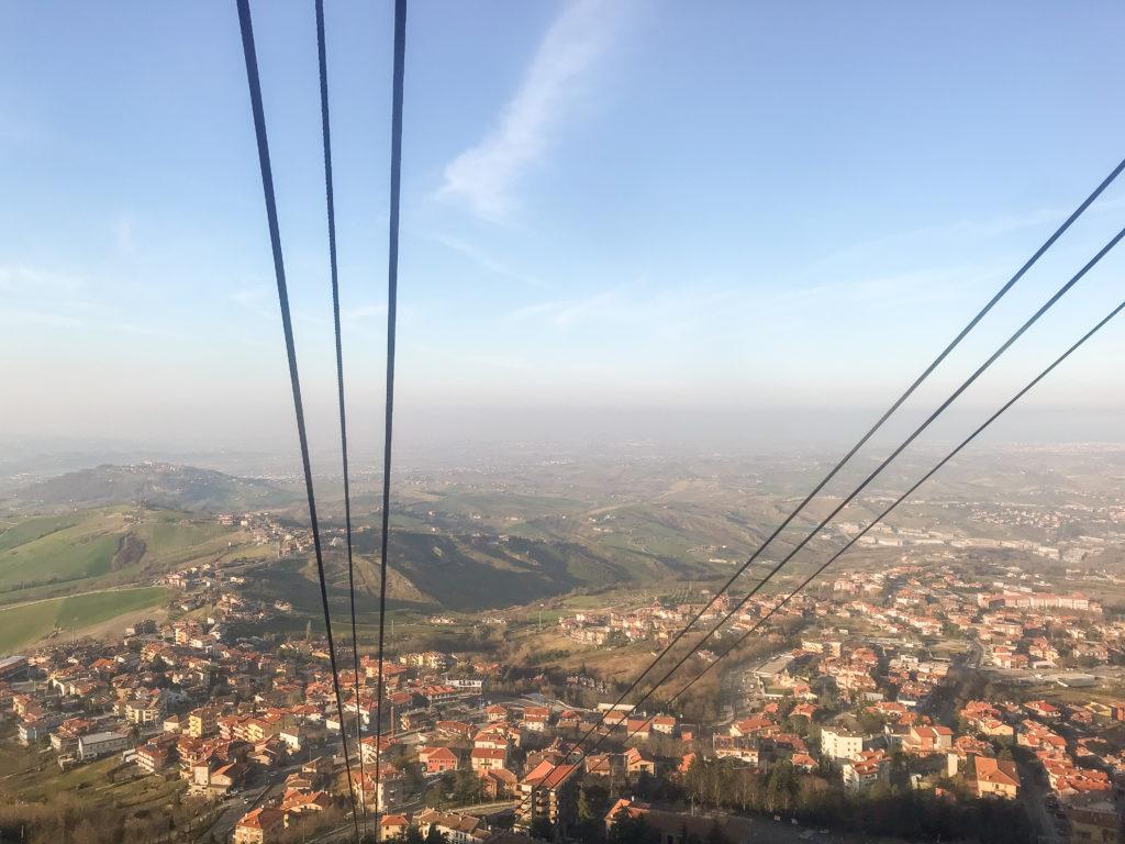 Tra le attrazioni più belle di San Marino c'è sicuramente la funivia