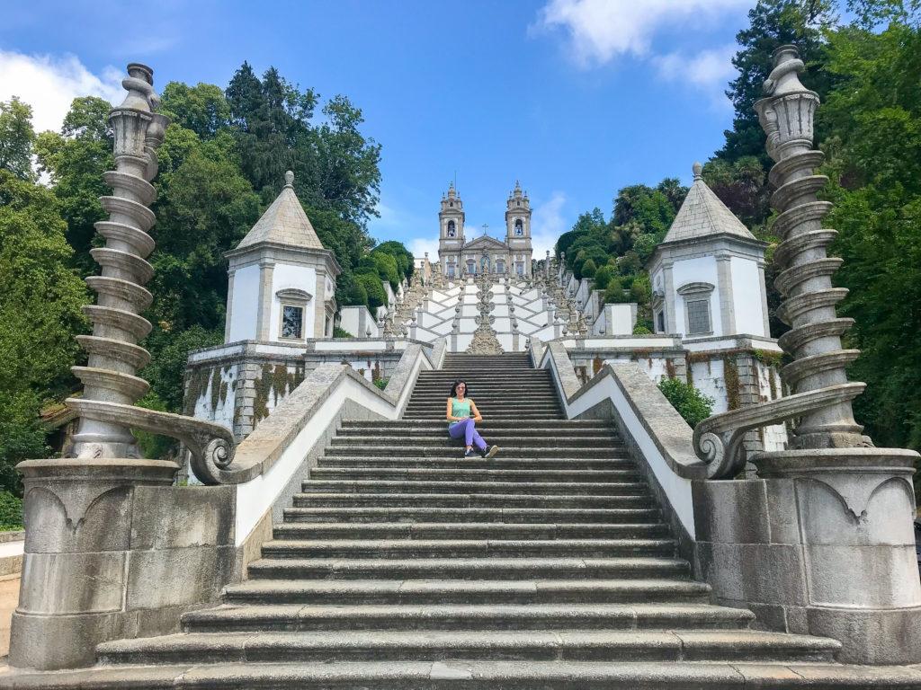 la scalinata del santuario Bom Jesus do Monte di Braga