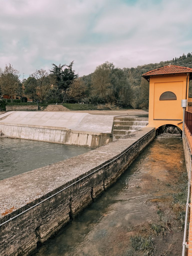 Il canale di Savena nel suo nuovo percorso che ha sostituito forse un precedente tracciato