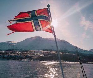 andare a caccia dell'aurora boreale vuol dire preparare per bene la valigia perché in Norvegia fa molto freddo