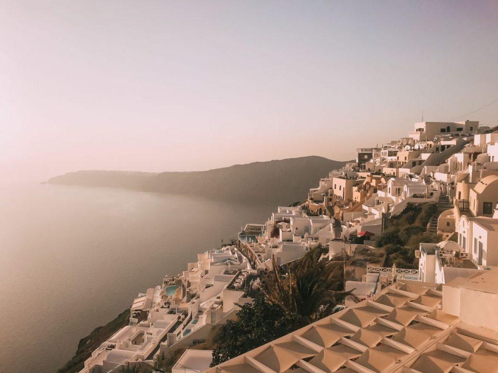 tra le cose da vedere a Santorini c'è sicuramente la bellissima Oia