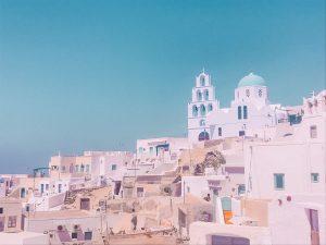 tra le cose da vedere a Santorini c'è sicuramente la bella Pyrgos