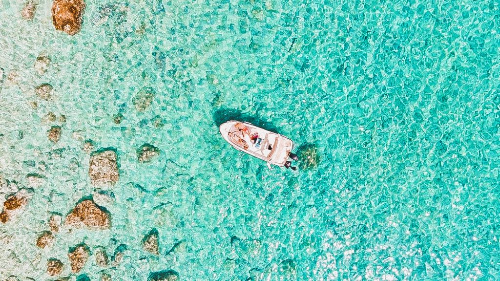 il mare cristallino di Paxos è una delle cose più belle che potrete vedere sull'isoletta greca