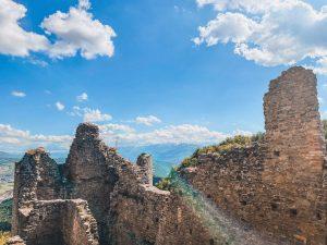 i castelli matildici della provincia di Reggio Emilia sono molto suggestivi, come quelli di Bianello e Carpineti