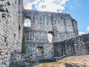 le rovine del castello di Carpineti sono davvero molto evocative del passato glorioso di Matilde di Canossa