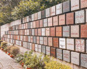 Il memoriale della Croce Rossa ricorda i 148 Paesi che hanno aderito all'organismo internazionale creato da Dunant