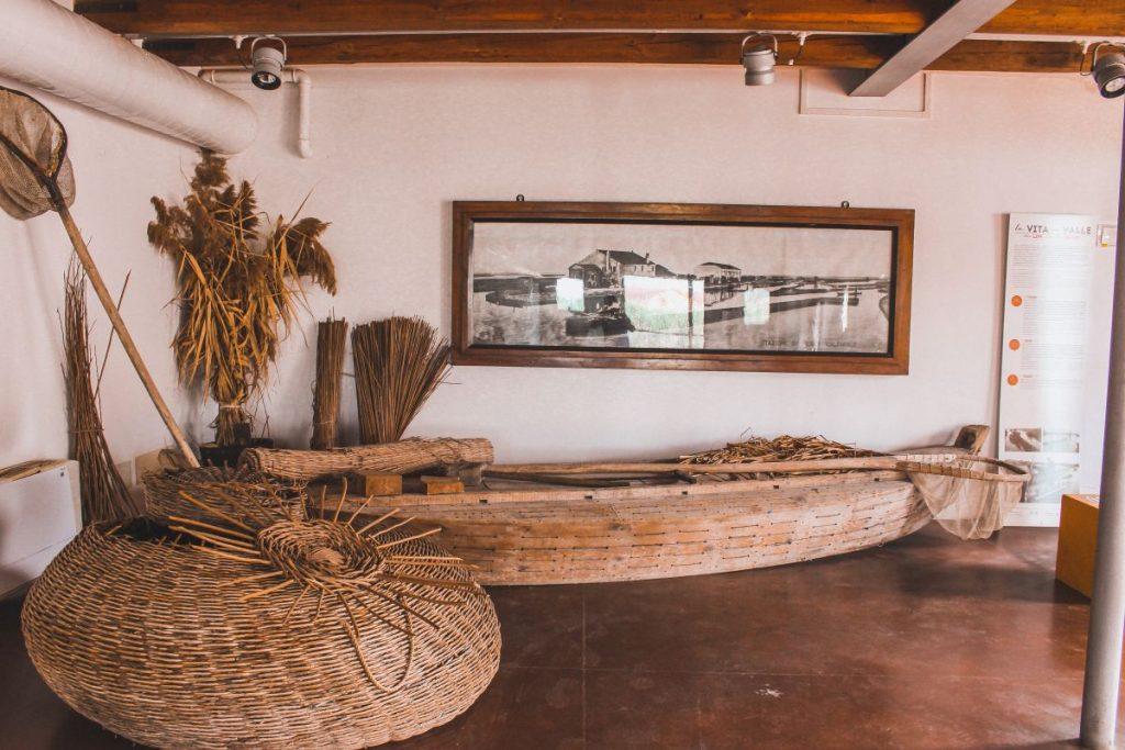 La Manifattura dei Marinati è uno dei luoghi più suggestivi di Comacchio dedicato all'attività principale dell'antica economia cittadina, la poesia dell'anguilla