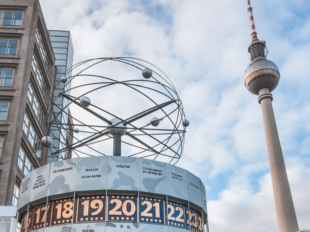 Alexanderplatz è indubbiamente una delle piazze più conosciute di Berlino