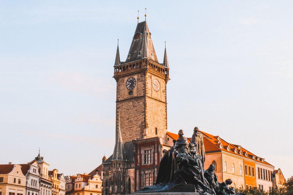 Piazza della Città Vecchia è il simbolo di Praga