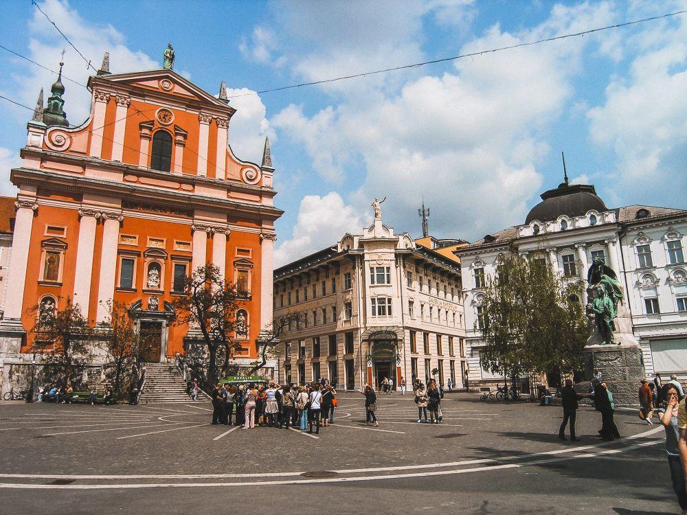 Piazza Prešeren è la piazza simbolo di Lubiana, una delle più belle d'Europa