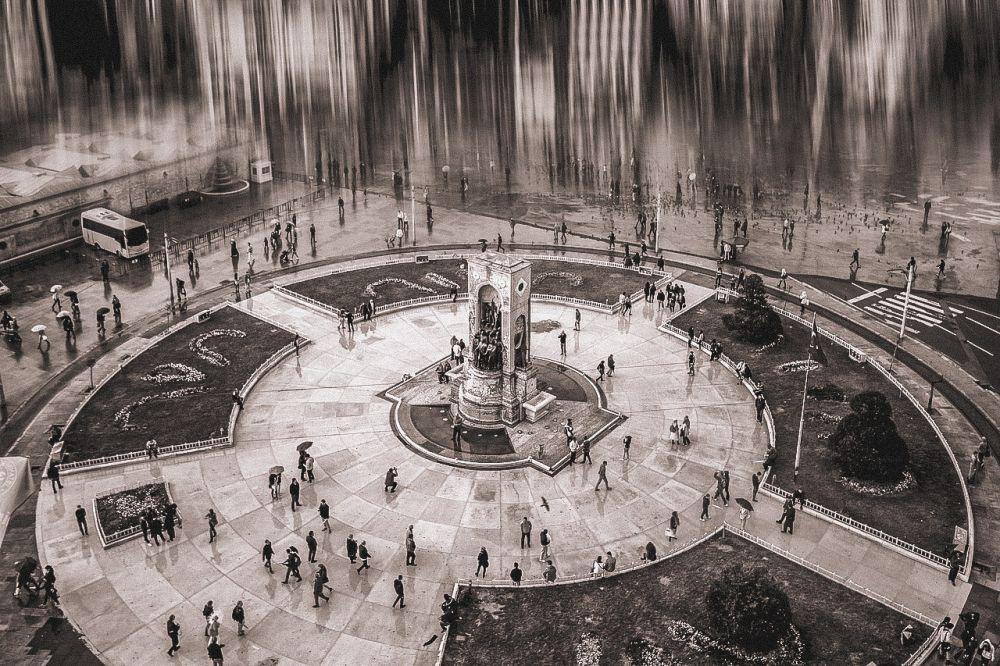 Piazza Taksim è la piazza principale di Instanbul