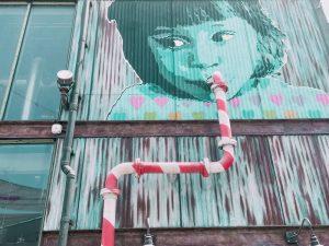street art a cielo aperto nella zona di La Mer a Dubai