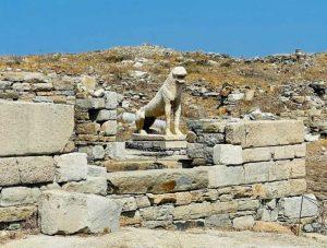 la celebre terrazza dei leoni di Delo