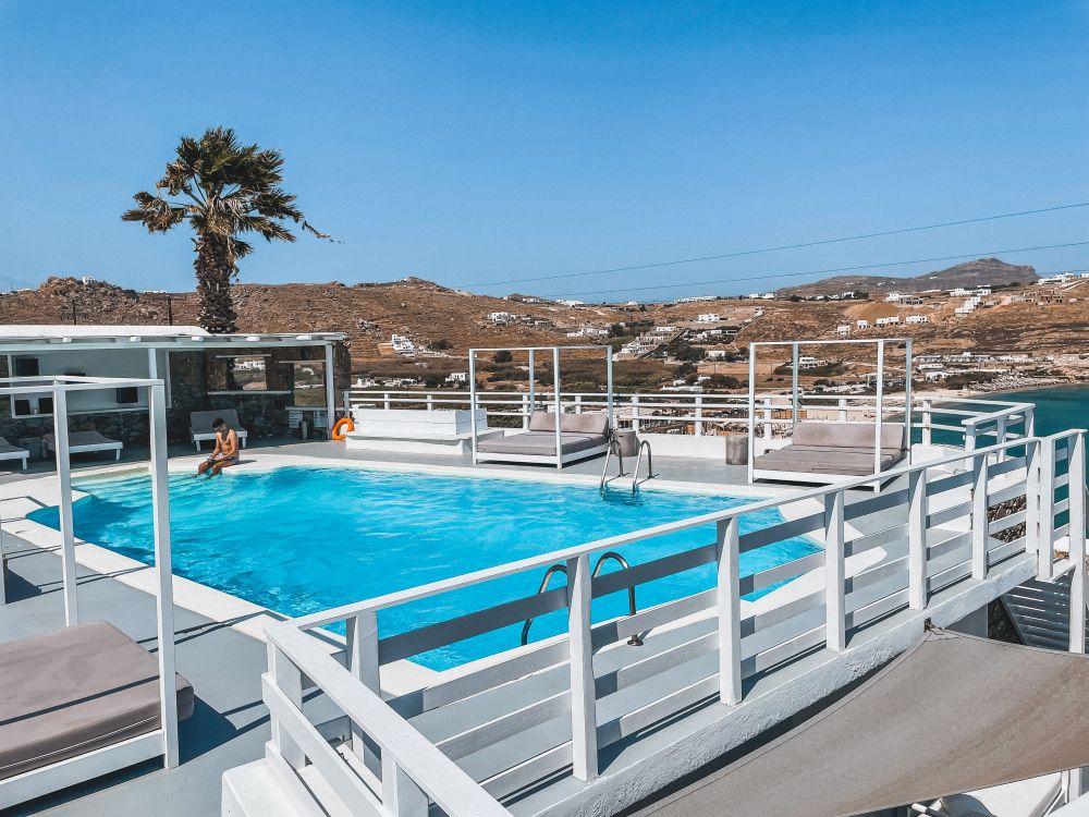 splendida la piscina del resort Pietra e Mare
