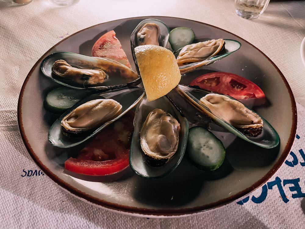 l'ottima impepata di cozze ordinata da Yialos nella Chora di Naxos