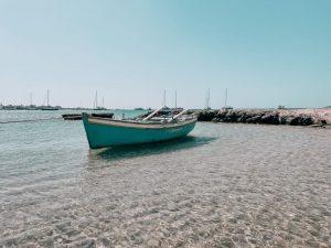 la spiaggia di Agios Nikolaos, davvero molto suggestiva